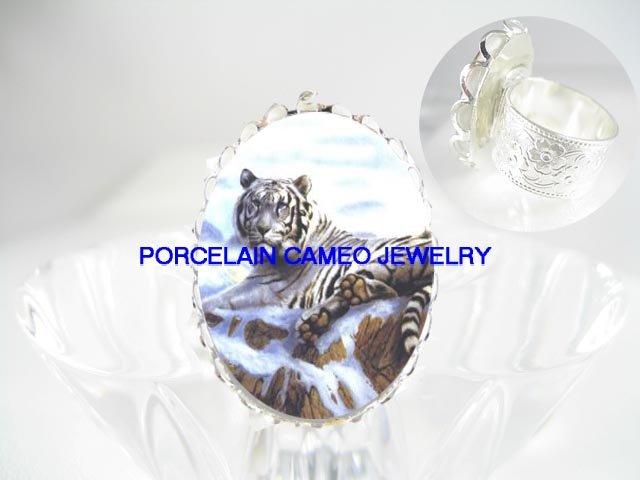 WHITE TIGER SNOW MOUNTAIN CAMEO PORCELAIN ADJ RING 5-9