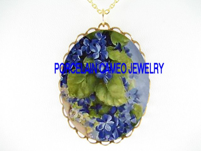 BLUE AFRICAN VIOLET FLOWER CAMEO PORCELAIN NECKLACE
