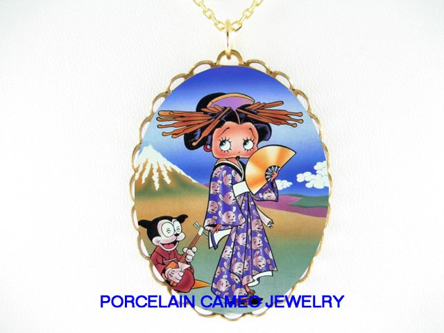 JAPAN GEISHA KIMONO BETTY BOOP CAT* CAMEO PORCELAIN NECKLACE