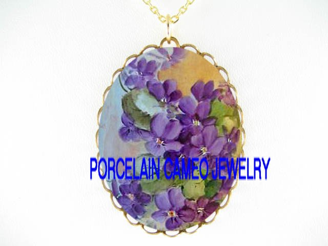 AMETHYST ROCOCO AFRICAN VIOLET * CAMEO PORCELAIN NECKLACE