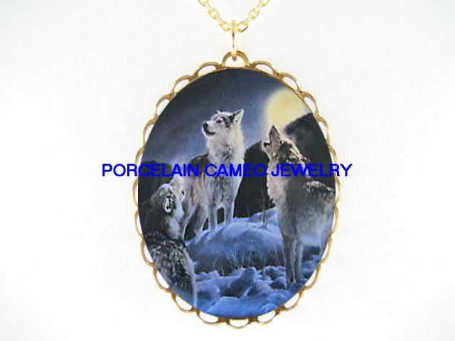 3 WOLF PACK HOWLING MOON SNOW * CAMEO PORCELAIN NECKLACE