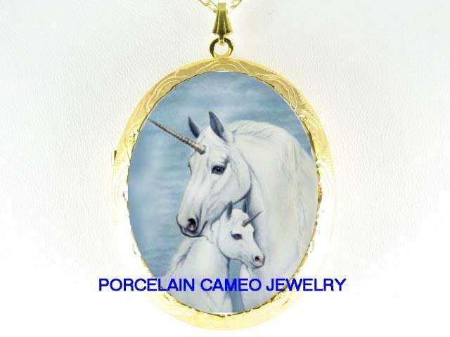 UNICORN HORSE MOM CUDDLE BABY PORCELAIN CAMEO LOCKET