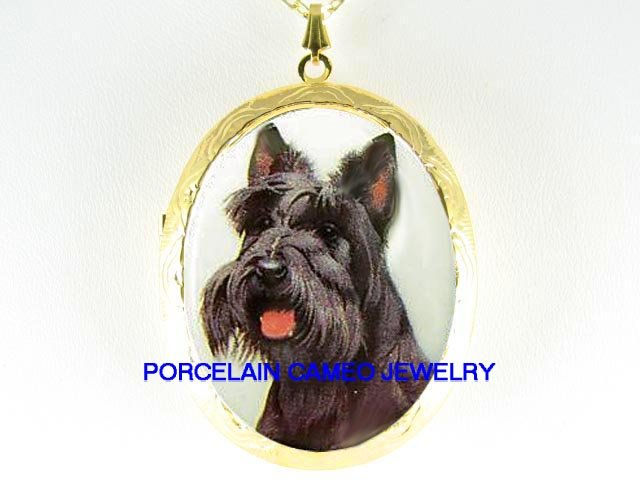 SMILE SCOTTISH TERRIER DOG PORCELAIN CAMEO LOCKET NK