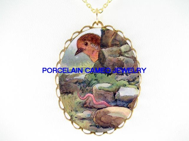 ROBIN BABY BIRD *CAMEO PORCELAIN PENDANT NECKLACE