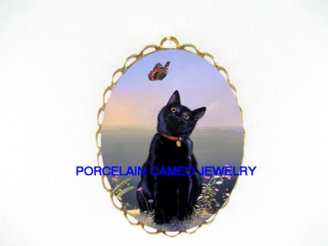 BLACK CAT PLAY BUTTERFLY CAMEO PORCELAIN PIN PENADANT