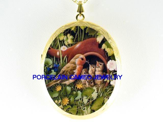 SPRING BIRD MOM FEEDING BABY  *  CAMEO PORCELAIN LOCKET NECKLACE