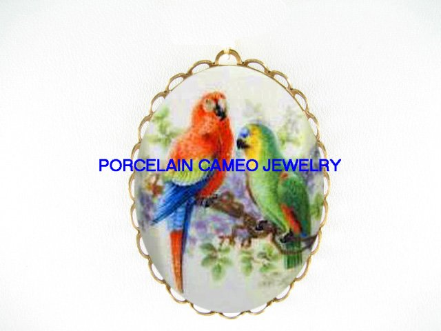 2 MACAW PARROT BIRD TREE BRANCH CAMEO PORCELAIN PENDANT/PIN BROOCH
