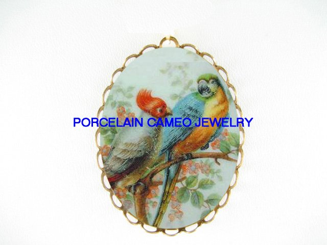 2 COCKATOO MACAW PARROT BIRD *  CAMEO PORCELAIN PENDANT/PIN BROOCH