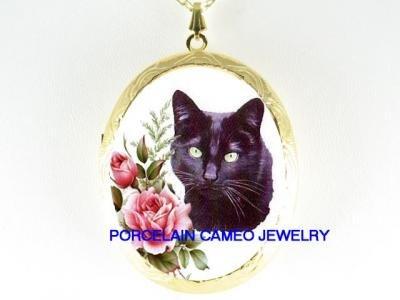GREEN EYES BLACK CAT ROSE PORCELAIN CAMEO LOCKET NK