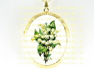 VICTORIAN LILY OF THE VALLEY PORCELAIN CAMEO LOCKET NECKLACE