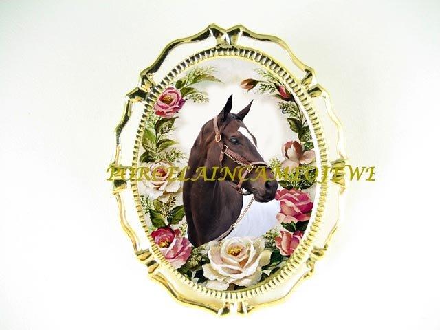 ZENYATTA CHAMPION HORSE PORCELAIN CAMEO PIN BROOCH