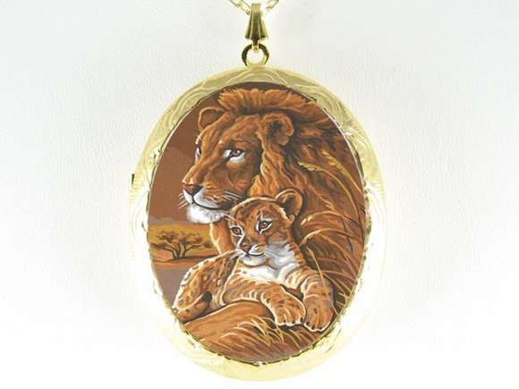 LION MOM BABY CUDDLE PORCELAIN CAMEO LOCKET NECKLACE