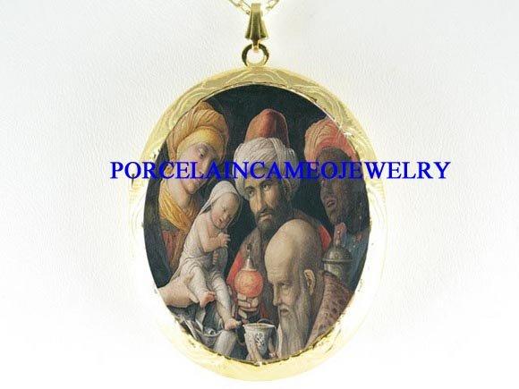 HOLY JESUS 3 WISE MEN PORCELAIN CAMEO LOCKET NECKLACE