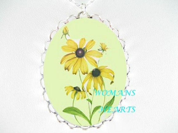 BROWN EYED SUSAN FLOWER PORCELAIN CAMEO NECKLACE