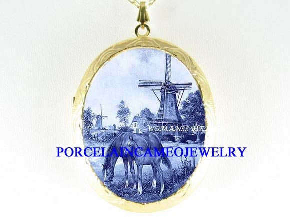DELFT BLUE MARE FOAL HORSE WINDMILL PORCELAIN LOCKET