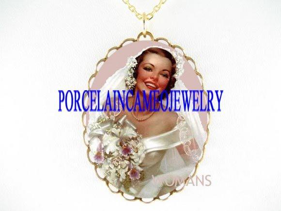 VINTAGE PURPLE BRIDE LILY PORCELAIN CAMEO NECKLACE