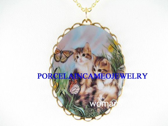 3 KITTEN CAT CHASING BUTTERFLY PORCELAIN CAMEO NECKLACE