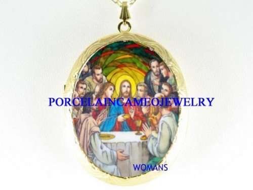 JESUS LAST SUPPER PORCELAIN CAMEO LOCKET NECKLACE