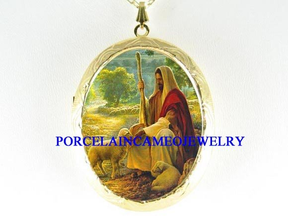HOLY JESUS WITH LAMBS PORCELAIN CAMEO LOCKET NECKLACE