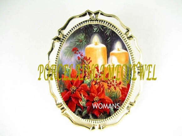 CHRISTMAS POINSETTIA CANDLE CAMEO PORCELAIN PIN BROOCH