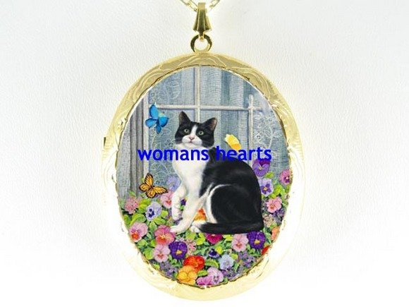 BLACK WHITE CAT PANSY BUTTERFLY PORCELAIN CAMEO LOCKET