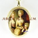 VICTORIAN King Edward 3 PRINCESS SISTERS CAMEO LOCKET