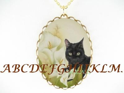 BLACK CAT WITH CALLA LILY PORCELAIN CAMEO NECKLACE
