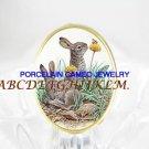 2 RABBIT BUNNY BEE WILD DAISY PORCELAIN CAMEO RING 5-9