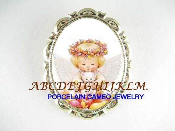 ANGEL HOLDING KITTEN CAT CAMEO PORCELAIN PIN BROOCH