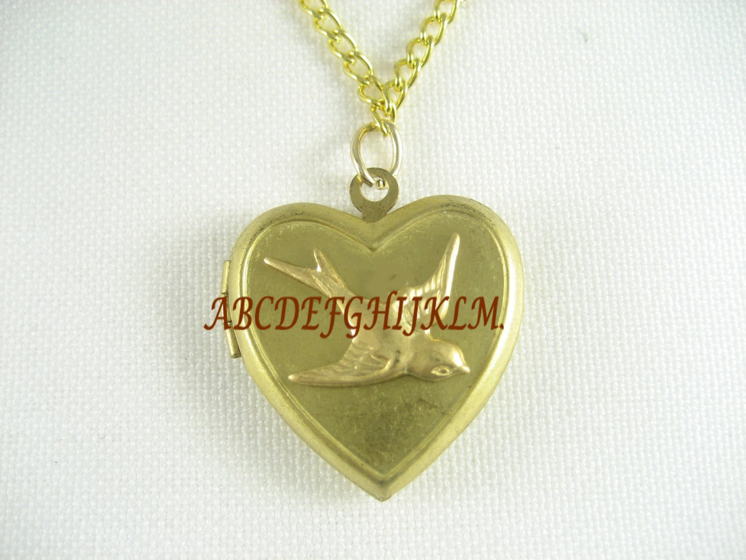 VICTORIAN BIRD VINTAGE ANTIQUE HEART LOCKET NECKLACE