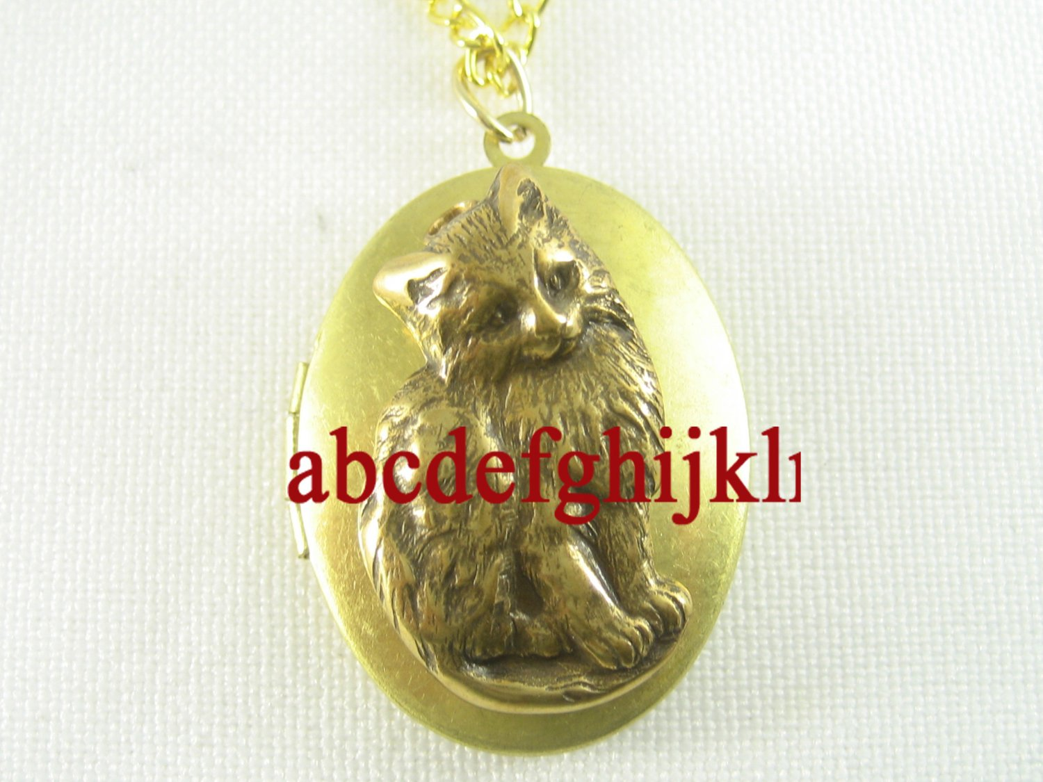 SWEET KITTY CAT ANTIQUE OVAL LOCKET NECKLACE