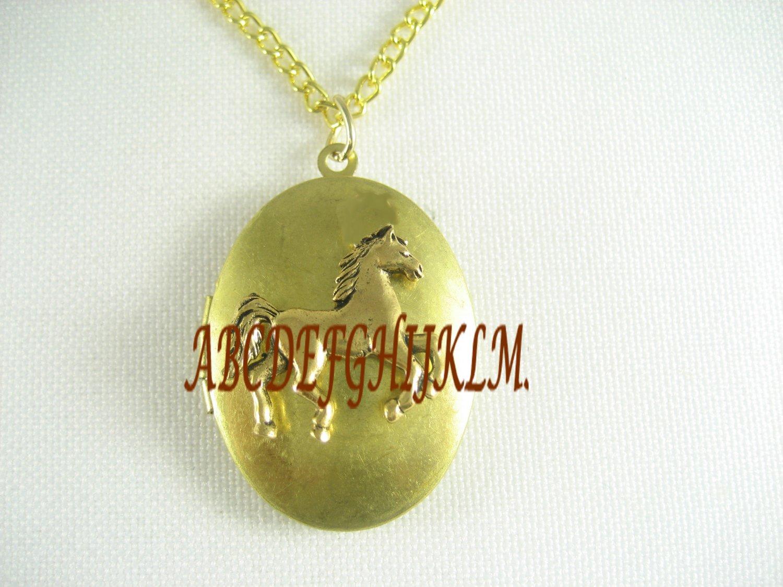 GOLDEN STALLION HORSE RUNNING VINTAGE ANTIQUE OVAL LOCKET NECKLACE
