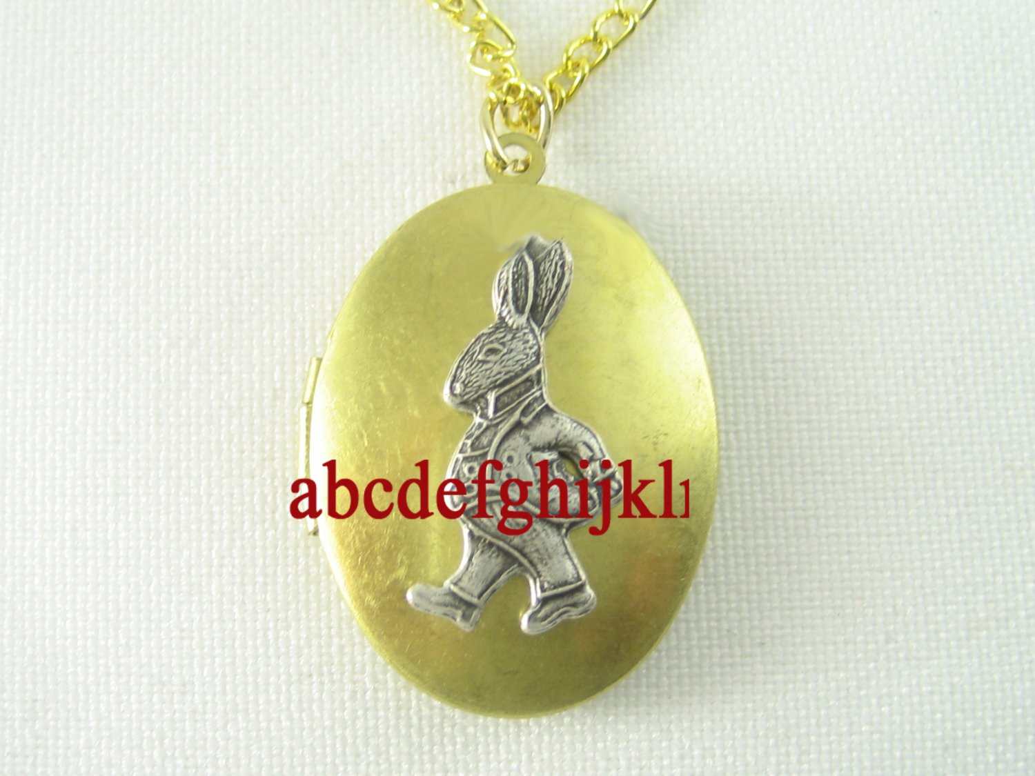 2 TONE ALICE WONDERLAND RABBIT VINTAGE ANTIQUE OVAL LOCKET NECKLACE