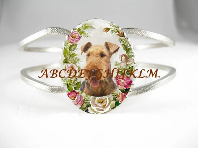 AIREDALE TERRIER DOG PINK ROSE PORCELAIN CAMEO HINGED BANGLE VINTAGE BRACELET