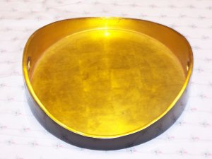 Round Tray w/gold leaves