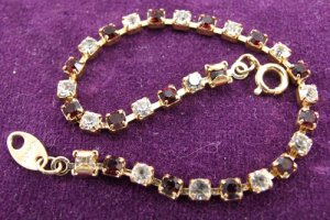 Tennis Bracelet Crystal small with alternating red and white