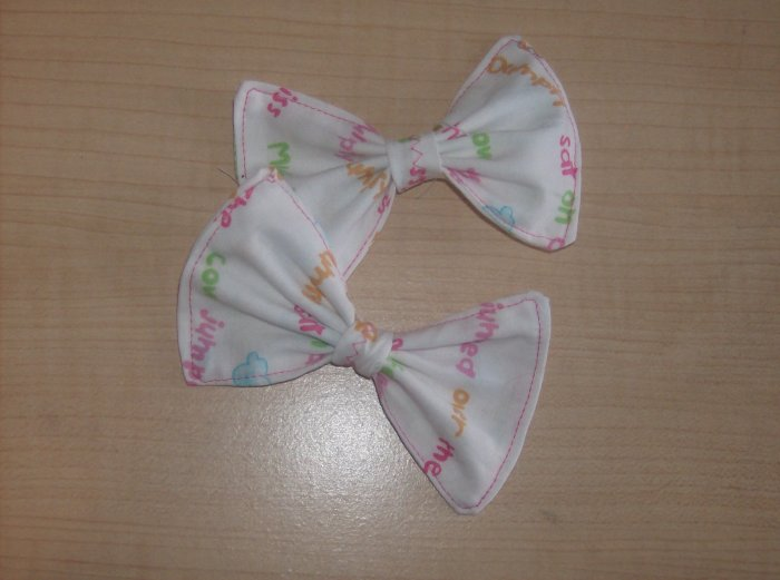 Nursery Stories Bows (PAIR)