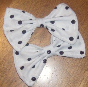 Black/White Polka-Dot Bows (PAIR)
