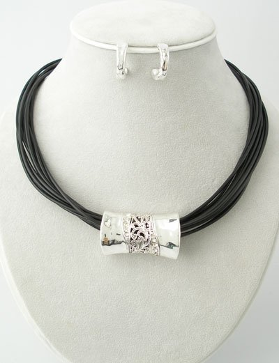 Neckalce Set