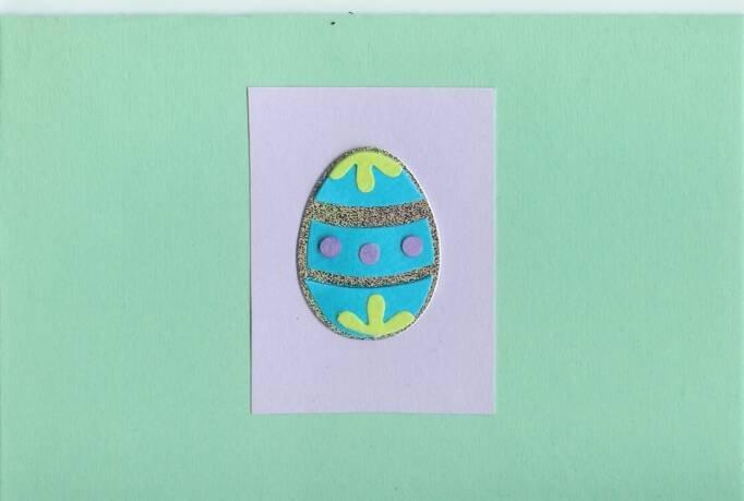 Easter Egg on Mint Green Card