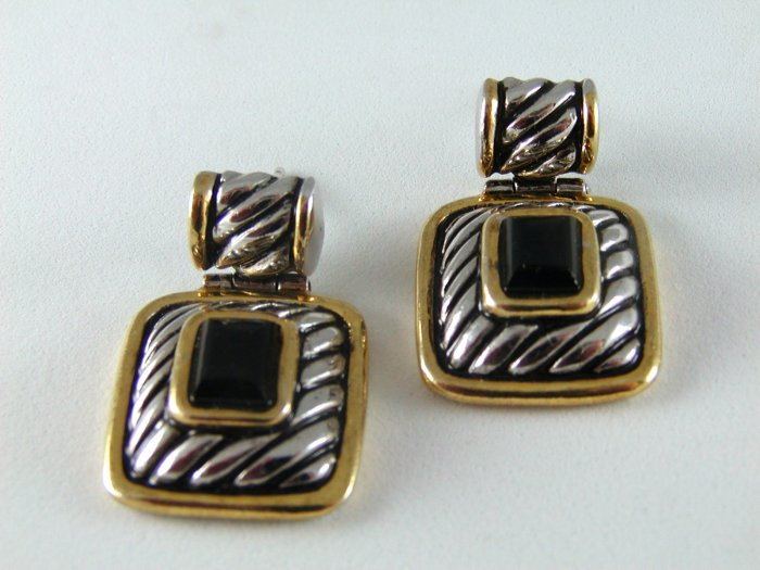 STERLING SILVER BLACK ONYX PIERCED EARRINGS