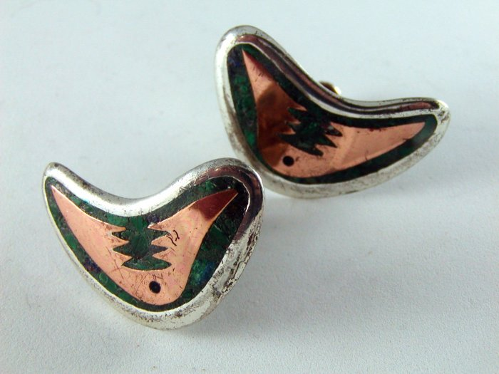 VINTAGE MEXICAN TAXCO STERLING SILVER & COPPER SCREW BACK EARRINGS