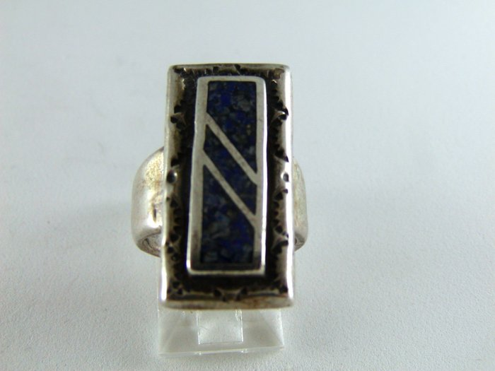 VINTAGE NATIVE AMERICAN STERLING SILVER LAPIS RING SZ 4 1/2