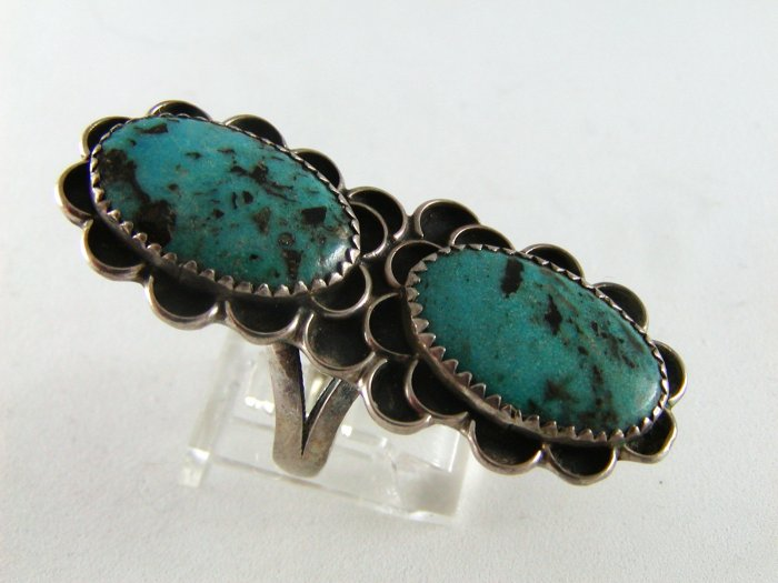 VINTAGE NATIVE AMERICAN NAVAJO STERLING SILVER TURQUOISE RING SZ 8 1/4