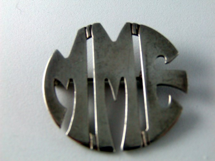 VINTAGE LEONORE DOSKOW STERLING SILVER INITIAL BROOCH MME