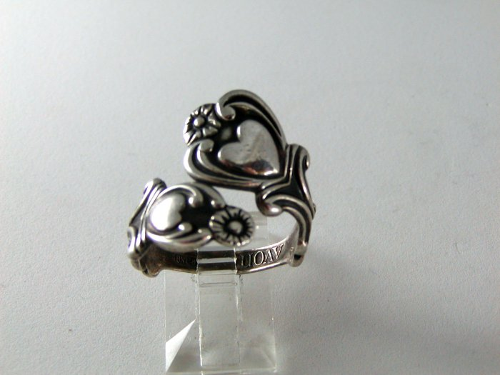 VINTAGE AVON HEARTS STERLING SILVER RING ADJUSTABLE SIZE 9