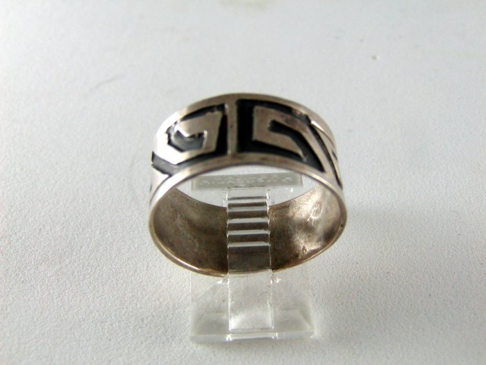 VINTAGE MEXICAN STERLING SILVER BAND RING SIZE 9