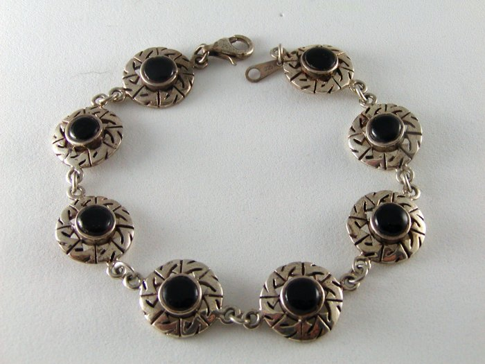 PETIT STERLING SILVER AND BLACK ONYX BRACELET