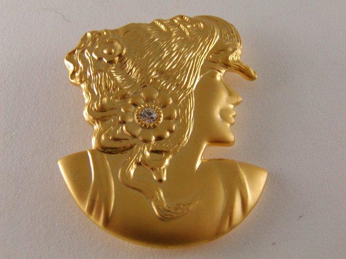 ART NOUVEAU STYLE GOLD VERMEIL LADY BROOCH