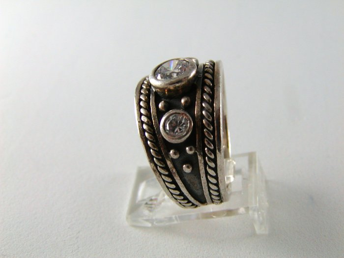 GOTHIC RENAISSANCE VINTAGE STYLE STERLING SILVER CZ RING SZ 9